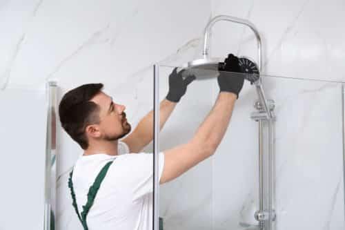 artisan plombier dijon - installation d'un pommeau de douche
