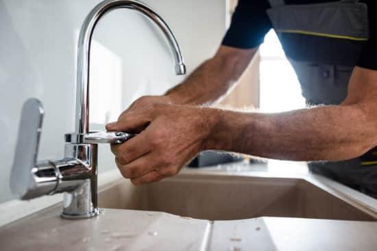 artisan plombier le havre - Illustration de l'entretien d'un robinet