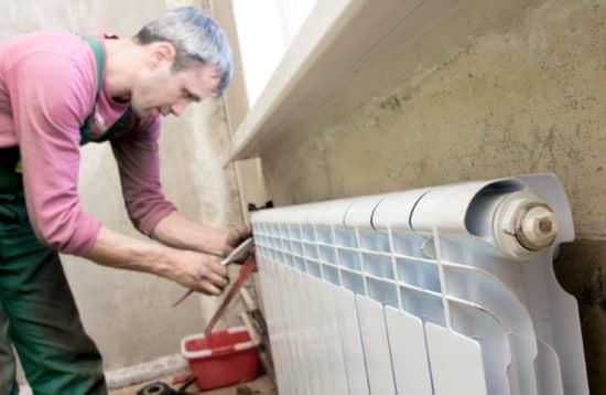plombier saint etienne - entretien d'un radiateur