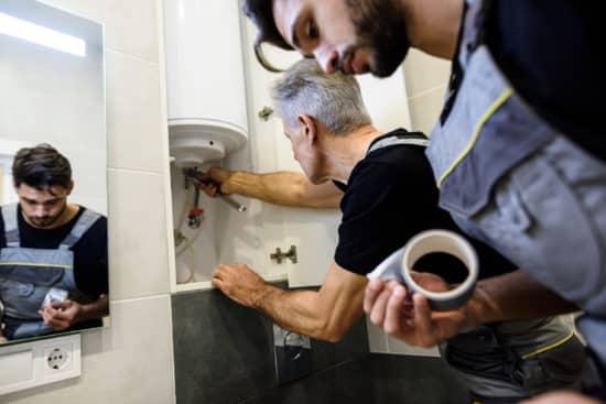 plombier nice - Réparation d'un chauffe eau