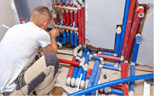plombier nimes - installation du circuit d'eau