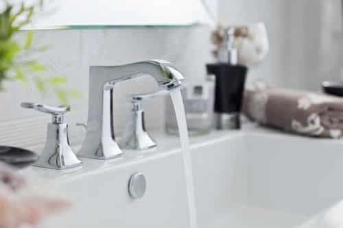 plombier Aulnay-sous-Bois - un robinet bien entretenu coule à la perfection