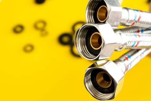 plombier Pierrefitte-sur-Seine - photo de trois flexibles