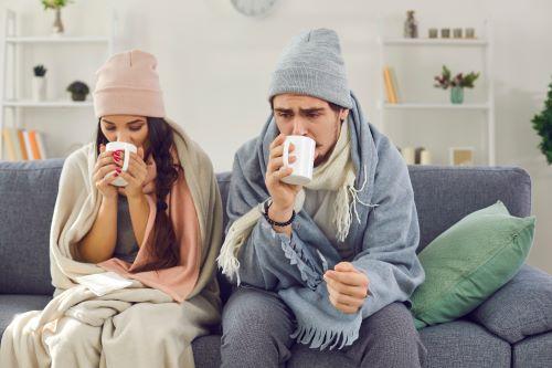 Chauffagiste Nancy - Un couple n'a plus de chauffage et se réchauffe.