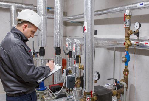 Plombier Canéjan - Plombier en intervention pour un dépannage de tuyauterie