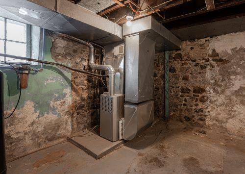 Chauffagiste Le Blanc-Mesnil - Système de chauffage dans un sous sol