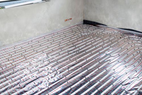 Chauffagiste Levallois-Perret - Plancher chauffant en construction.