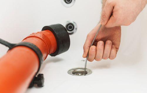 Plombier Lyon - Débouchage d'un lavabo par un plombier